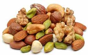 Consommer des noix améliore les performances du cerveau au niveau de la mémoire et de la concentration